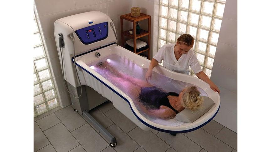 rhapsody-baignoire-medicalisee-arjo-bain-hopital-salle de bain