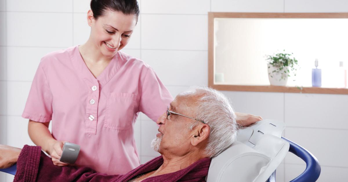 Réduire les risques des soignants pendant la douche