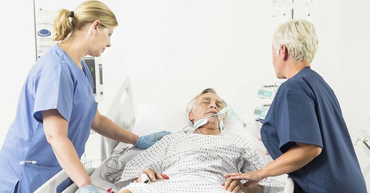Quels sont les enjeux de la mobilisation précoce chez les patients COVID-19 en soins intensifs ?